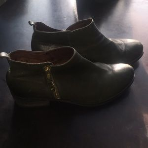 Shoes - Eric Michael boots - forest green!
